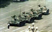 Tiananmen_tank1.jpg