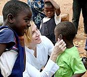 madonna-adopts-african-child.jpg