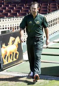 ponting-barbados-cricket-police.jpg
