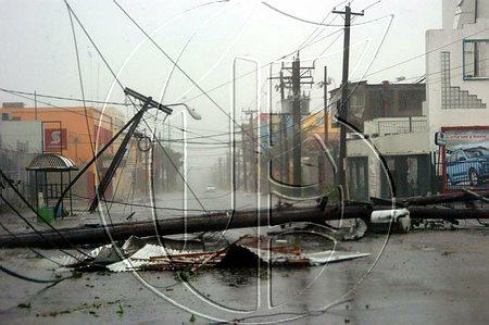 hurricane-dean-2007-jamaica.jpg