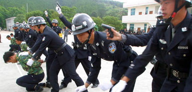 Barbados Police Already Receive Training From China's Police - There's Much We Can Learn Through Increased Cooperation!