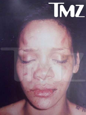 rihanna pics leaked by chris brown. Into Rihanna Photo Leak